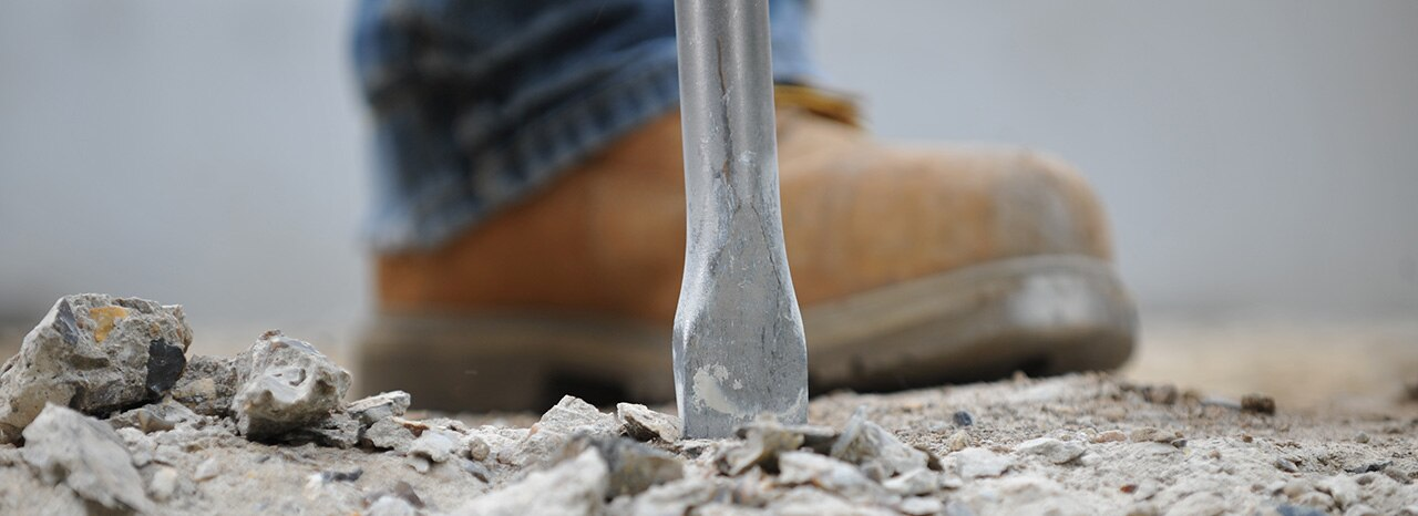 foot with chisel in front